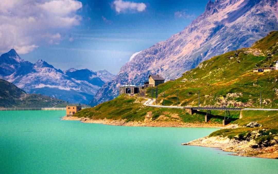 Alla scoperta di Ospizio Bernina, lungo la route del Trenino Rosso