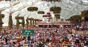 Oktoberfest-Interno degli stand
